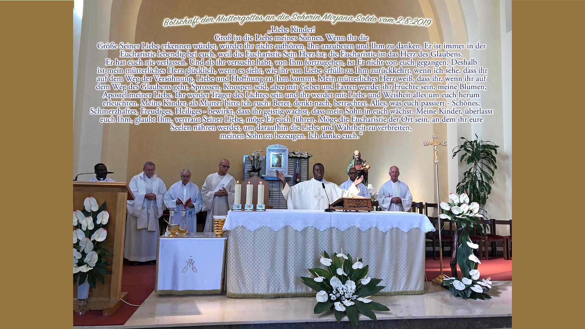 Pater Aidan Msafiri bei seiner Messe am 17. August 2019 in der Kirche von Medjugorje